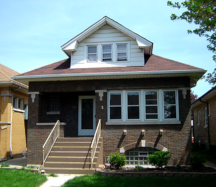 A typical bungalow in Berwyn, Illinois